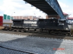 NS 9528 heads EB under the Amtrak Pedestrian Bridge